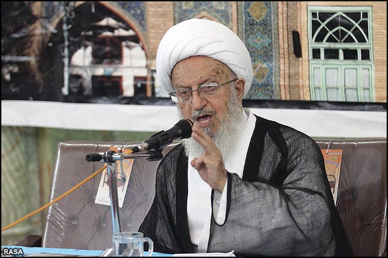 تصویر از آیت الله مکارم شیرازی: ربا زندگی مردم را آلوده به گناه کرده است