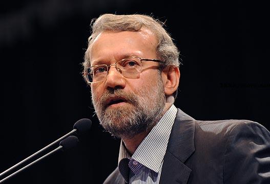 انتقاد لاریجانی از وضعیت سود بانکی