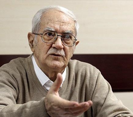 ابراهیم رزاقی: بانکها فاسداند و در خدمت تولید نیستند
