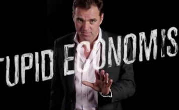 بحران اقتصادی را اقتصاد دانان احمق بوجود آوردهاند. پروفسور نایل فرگوسن