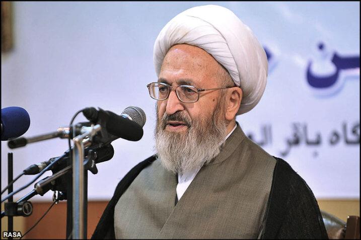 پخش تبلیغات بانکی و اخذ دیرکرد حرام است