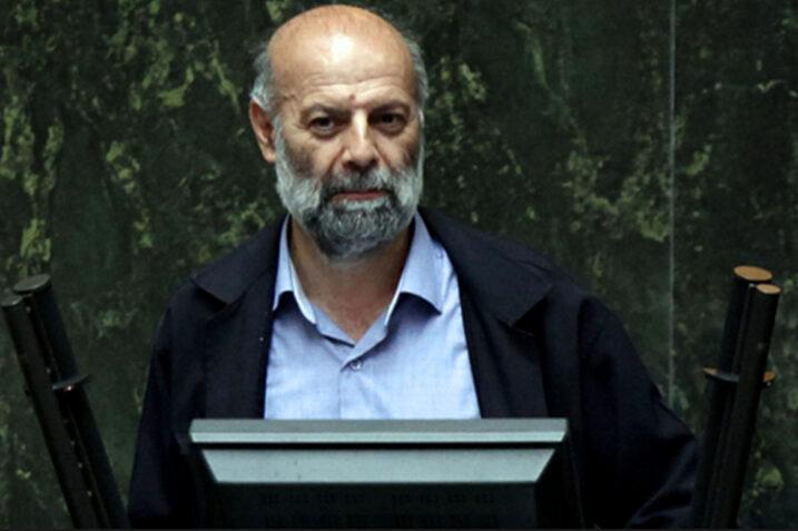 نماینده تهران: بانک ها هنوز تکلیف خود را با شرع و قانون مشخص نکرده اند / همه علما دیرکرد وام را حرام می دانند