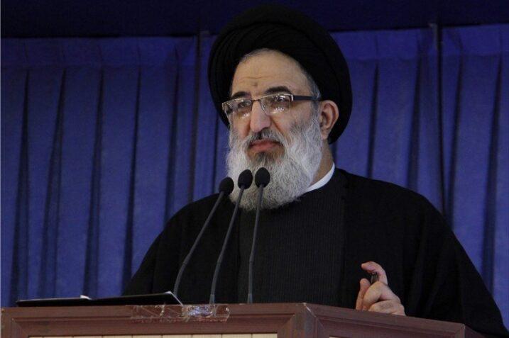 امام جمعه کرج: ربا شمشیر کشیدن در برابر خداست و هیچ گناهی با این تعبیر نیامده است