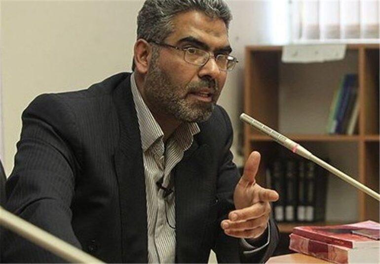 حسین صمصامی: تصور «بانک بدون ربا» مثل این است که بخواهید خوک را با ذبح اسلامی حلال کنید