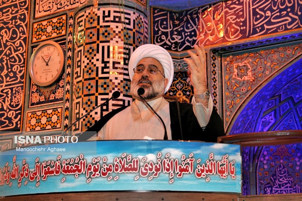 تصویر از امام جمعه میاندوآب: ربا جامعه را با چالش بزرگی رو به رو کرده است