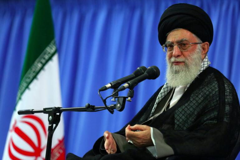 مطالبه امام خامنهای ناظر به ربای کلان و ارزش پول