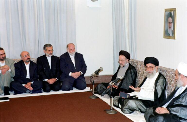 امام خامنهای: ما افتخار میکردیم به منع حیل ربای امام خمینی/ حیل قانون هم باید منع شود